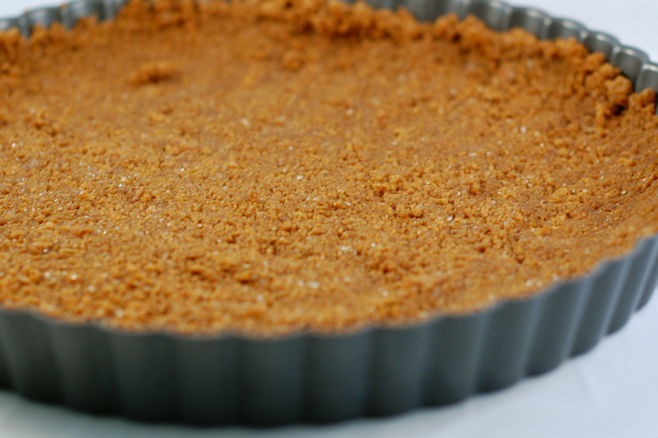 SUMMER CLASSICS SERIES: GINGERSNAP-MASCARPONE TART | Blue Jean Gourmet