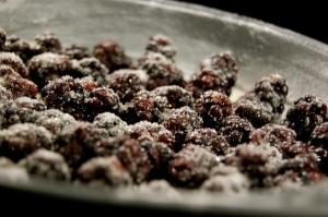 sugar-coated blackerries in pan