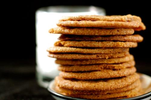 molasses cookies with milk